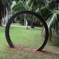 """Un Ring"" by Thomas De Toni"